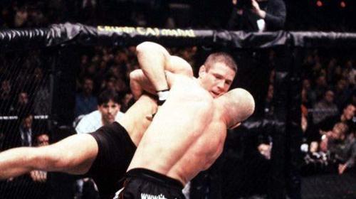 UFC® FIGHT PASS™ -Tito Ortiz v...